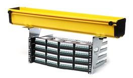 Комплект кронштейнов Xtra-U для крепления коммутационных панелей шириной 19'' высотой до 2RU к кабельным лоткам системы FGS