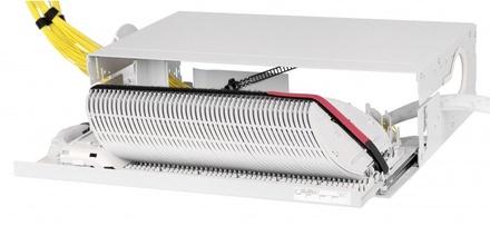 """Сплайс панель FIST-GSS2 выдвижная с откидной фронтальной крышкой, поддонов для сплайсов: 48 высота: 3RU, конфигурация: кабель-кабель, ширина: 19"""", ETSI, цвет: серый"""