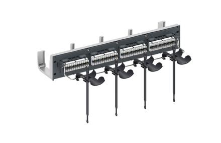 Коммутационная панель SYSTIMAX 360™ GigaSPEED XL® GS3 iPatch® ready 24xRJ45 Cat.6 UTP с фронтальным кабельным органайзером, высота: 2RU, цвет: серый, сатин хром