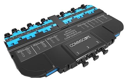 Модуль EHD ULL 12LC Duplex/3xMPO8(f), OM4 LazrSPEED® 550, выравнивающие штырьки: нет, пылезащитные заглушки: да, цвет: бирюзовый