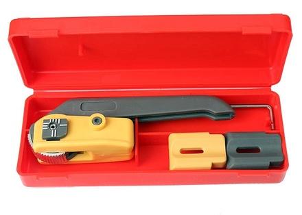 Резак для вскрытия внешней оболочки кабеля