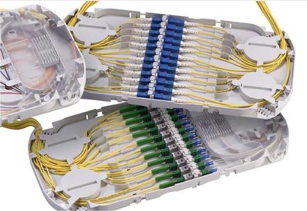 Поддон FIST-GPST проходные адаптеры: 12 SC UPC, пигтейлы: нет, гильзы: SMOUV 45 мм, держатель сплайсов: да, организация кабеля: right routing, цвет: серый